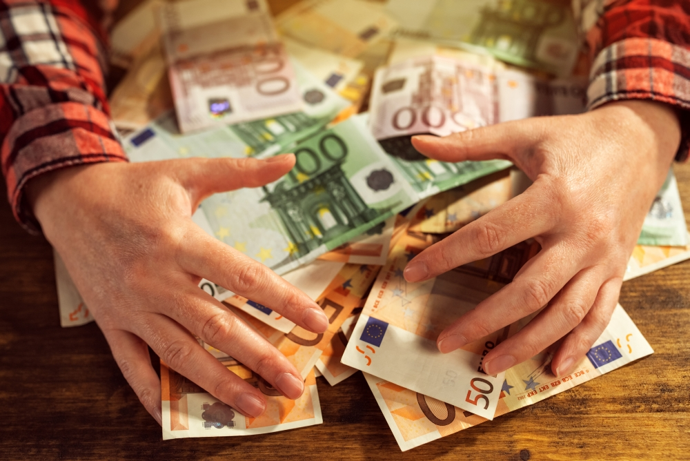 câți bani vrei să câștigi)