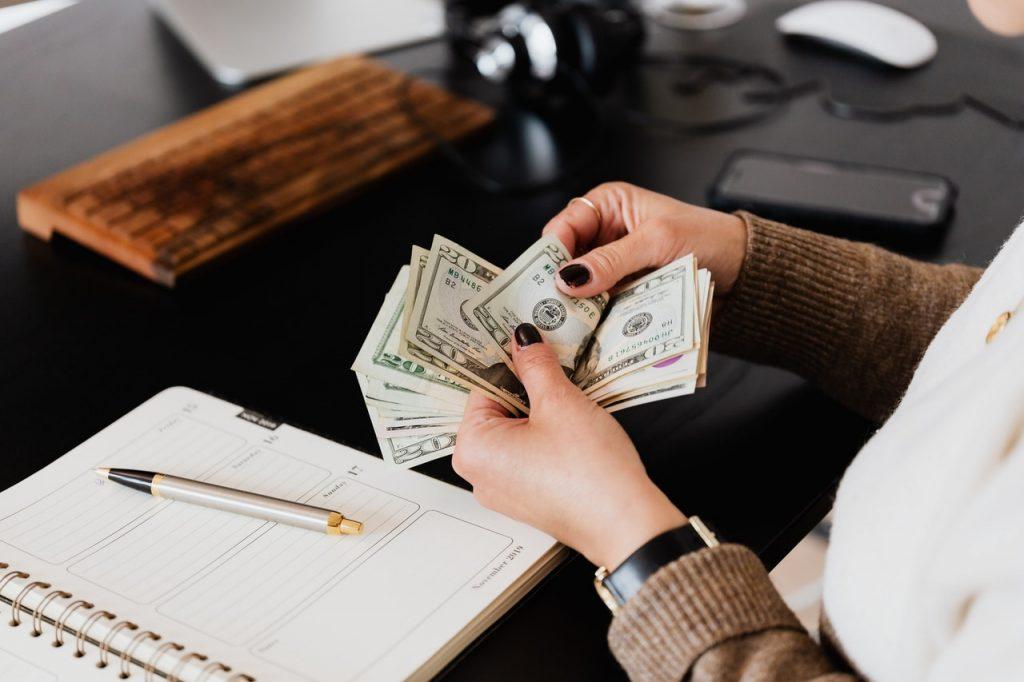 cum să faci bani buni pentru a trăi)