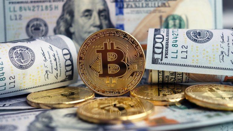 stocarea banilor în bitcoin)