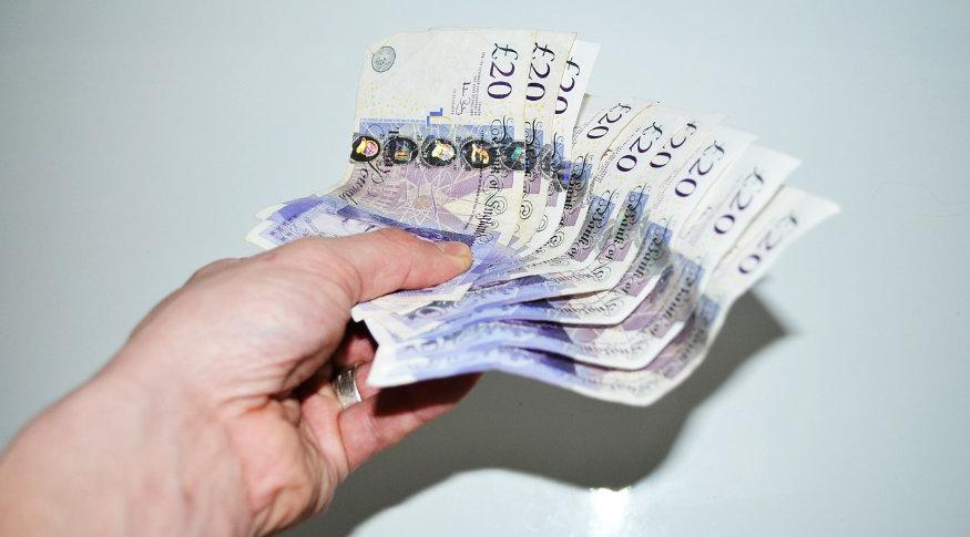 Cum sa castigi cateva mii de euro dintr-un site