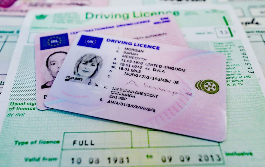O mie de euro un permis de conducere | Romania Libera