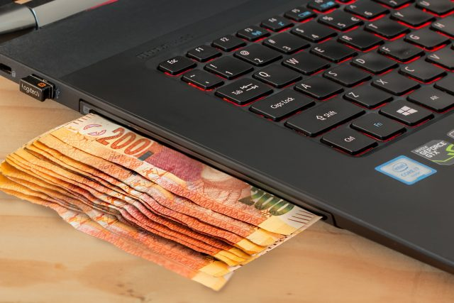 informații despre venituri pe internet