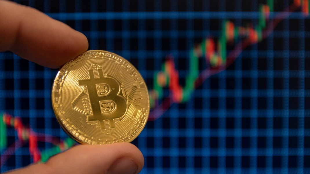 cum să faci bani transferând bani către bitcoin opțiuni concepte de bază