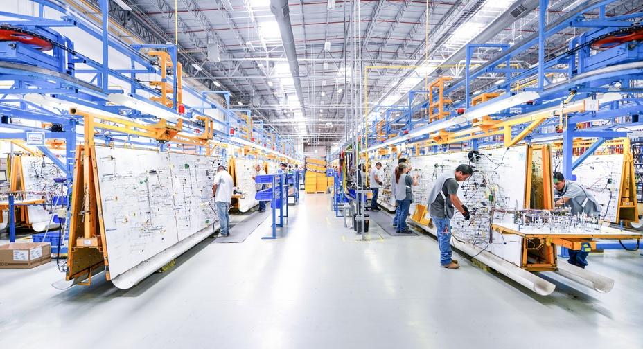 Un nou impuls pentru locuri de muncă, creștere și investiții