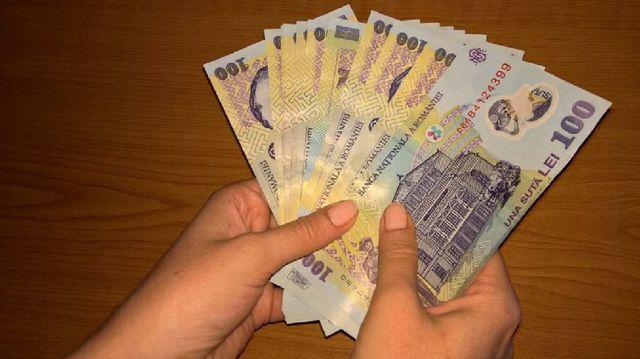 câștigați mulți bani aici)