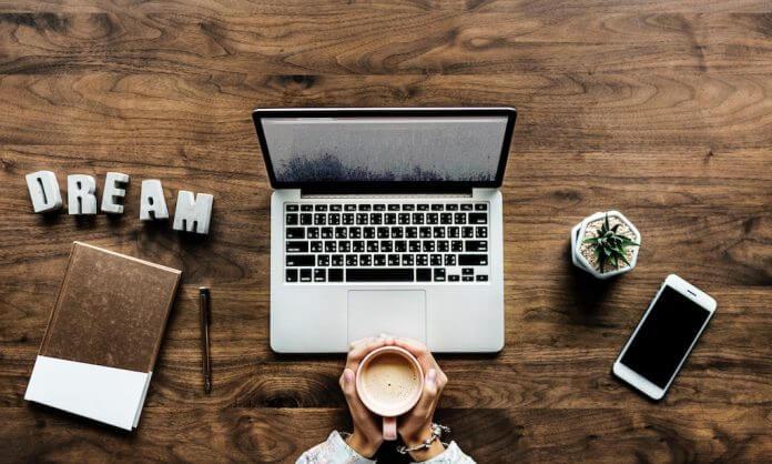 cum să faci bani stând acasă la computer