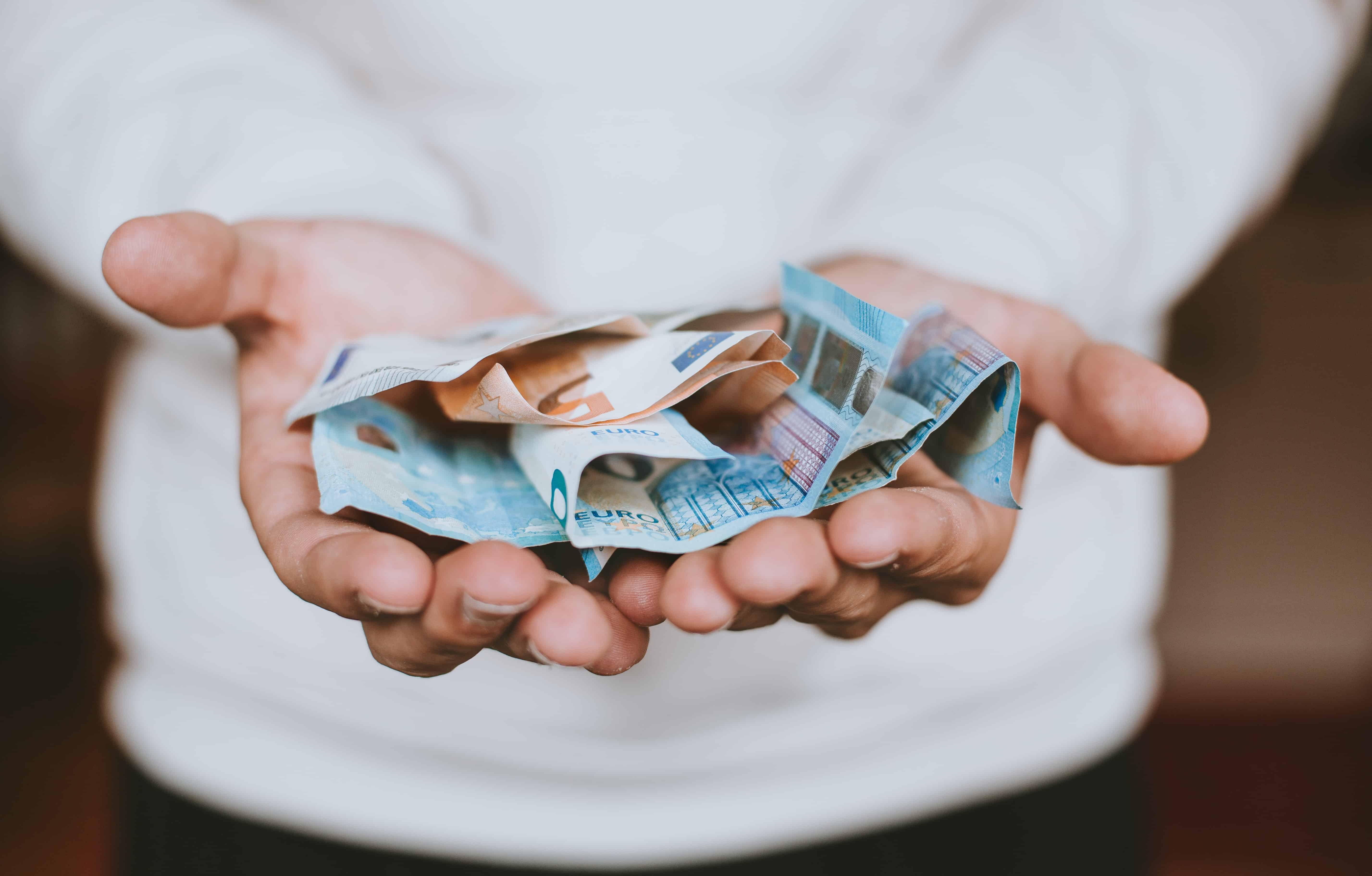 câștigați bani dintr- o dată și foarte mult