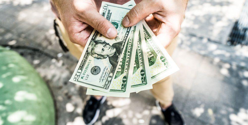 venituri suplimentare prin Internet strategii de bază pentru opțiuni