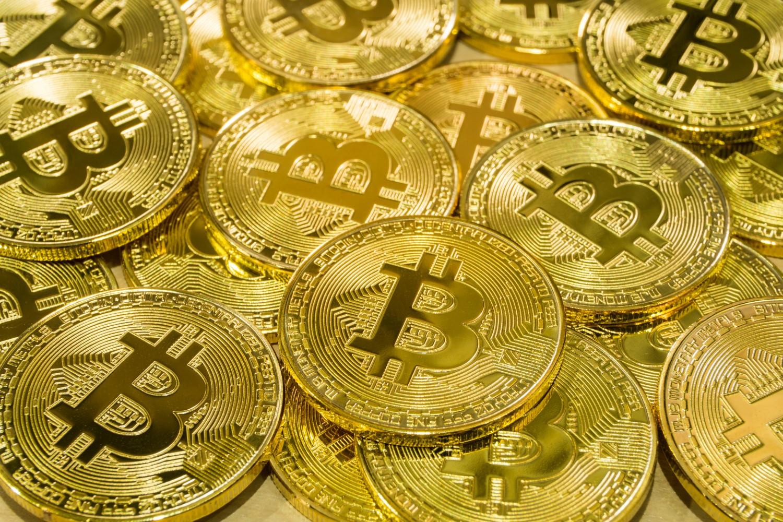 câștigurile pe bitcoins pas cu pas)