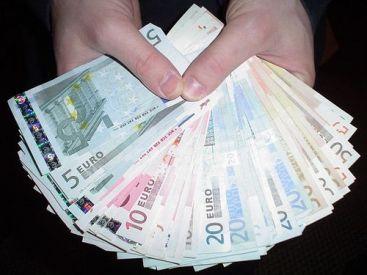afaceri fac bani pe euro
